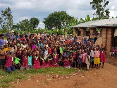 school_expedition_uganda_trek_school_group