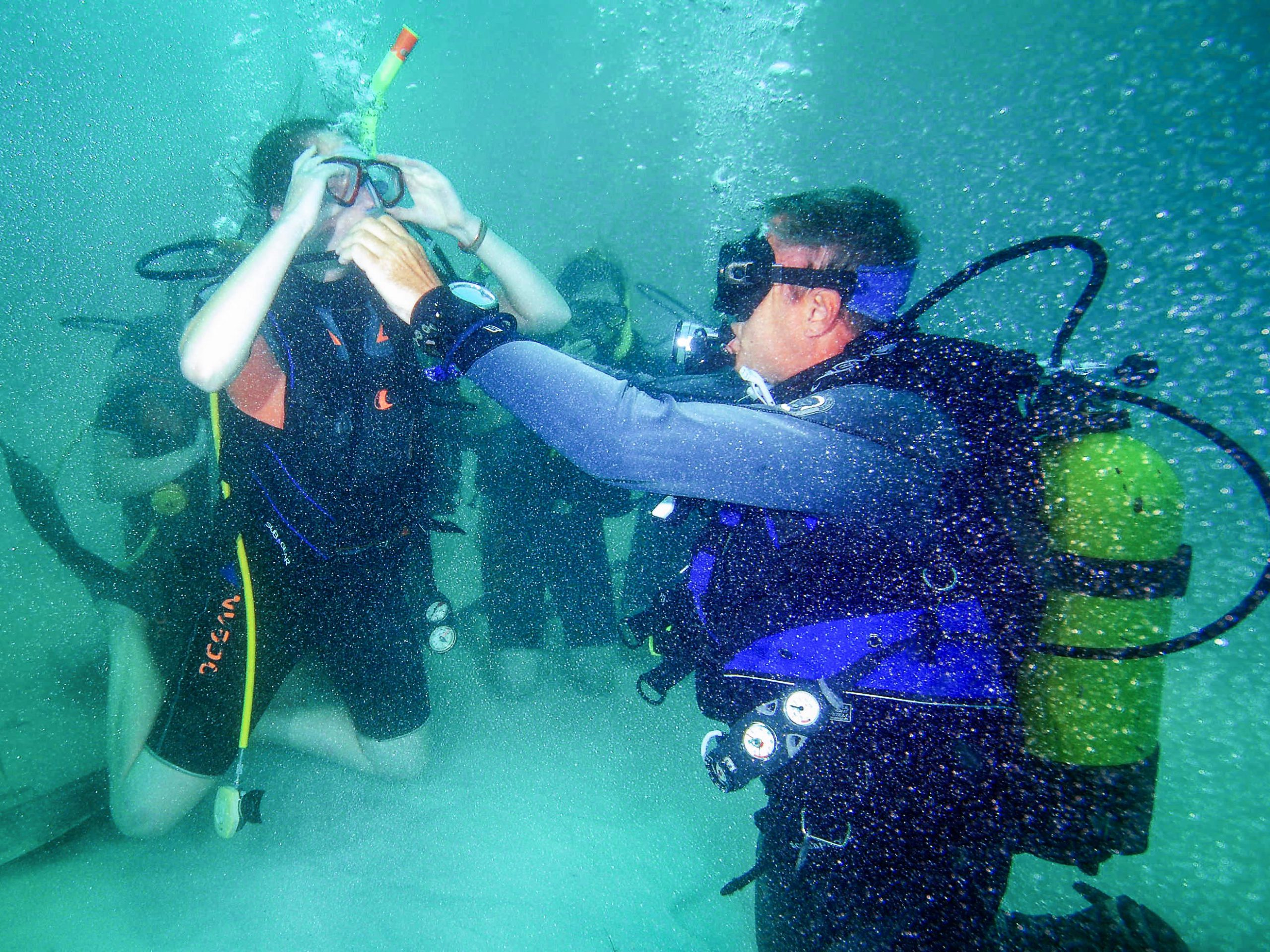 camps_international_scuba_diving_safety_guide