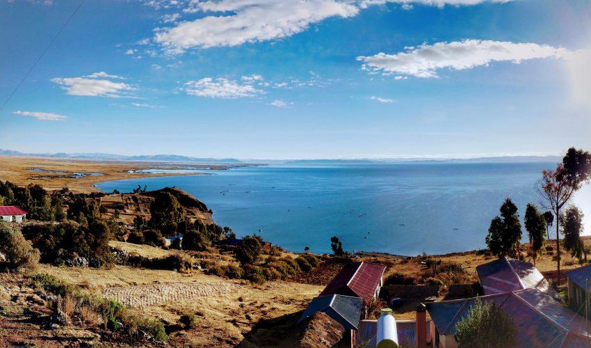 school_expedition_peru_trek_lake_titicaca_view