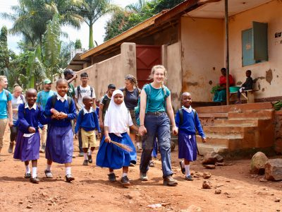 school_expedition_tanzania_scuba_walk_to_project