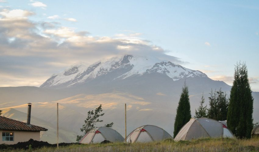 school_expedition_ecuador_trek_camp_tents