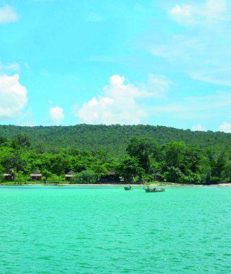 school_expedition_cambodia_scuba_beach_landscape