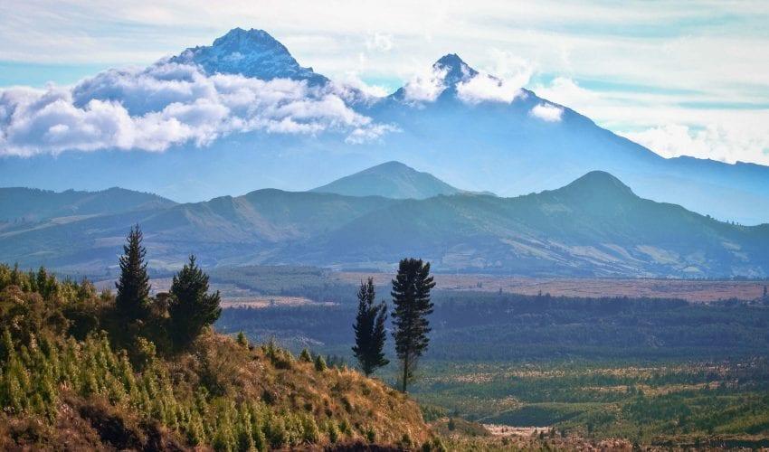 school_expedition_ecuador_impact_mountain_viwe-1