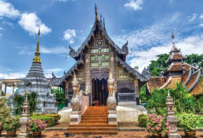 school_expeditions_thailand_chiang_mai_temple
