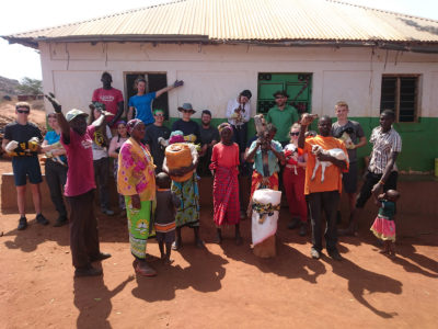 school_expedition_kenya_rws_goat_deworming_team