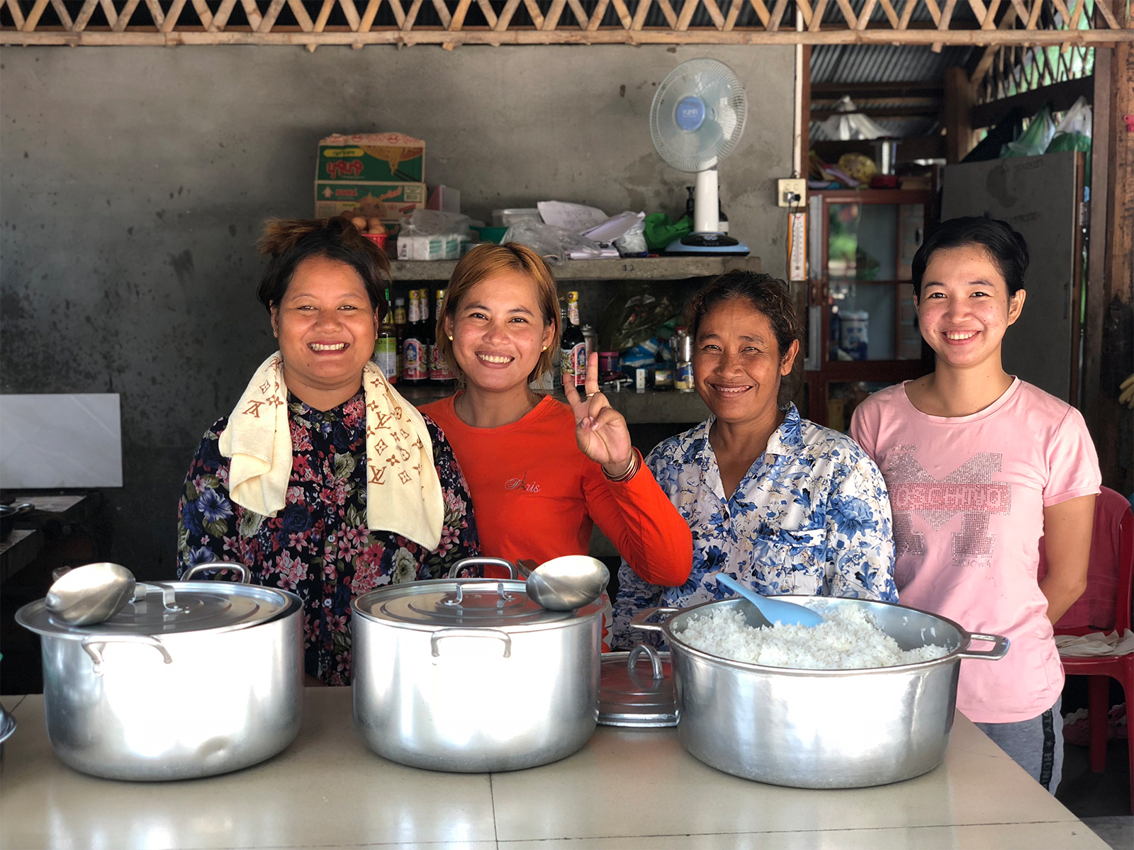 school_expedition_cambodia_rws_cooking_staff_camp